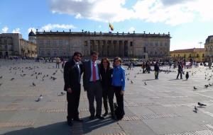 Mit dem Team von der Alcaldía de Bogotá